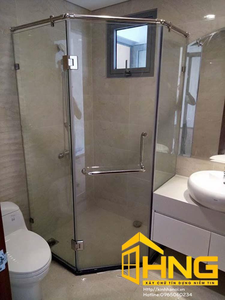 Vách kính cabin tắm bộ 135 độ vát góc 3 tấm